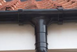 T & R Roofing Ltd | GUTTERING WORKS